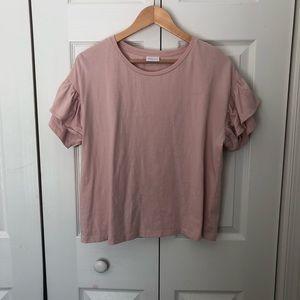 Boxy flutter sleeve t-shirt.